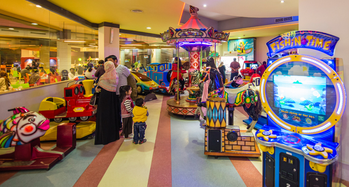 Dolmen Mall Clifton Food Court Outlets